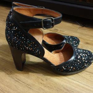 Chie Mihara Xuca New Ankle Strap Block Heels